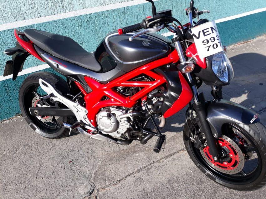 Suzuki Gladius 650 - Foto #1