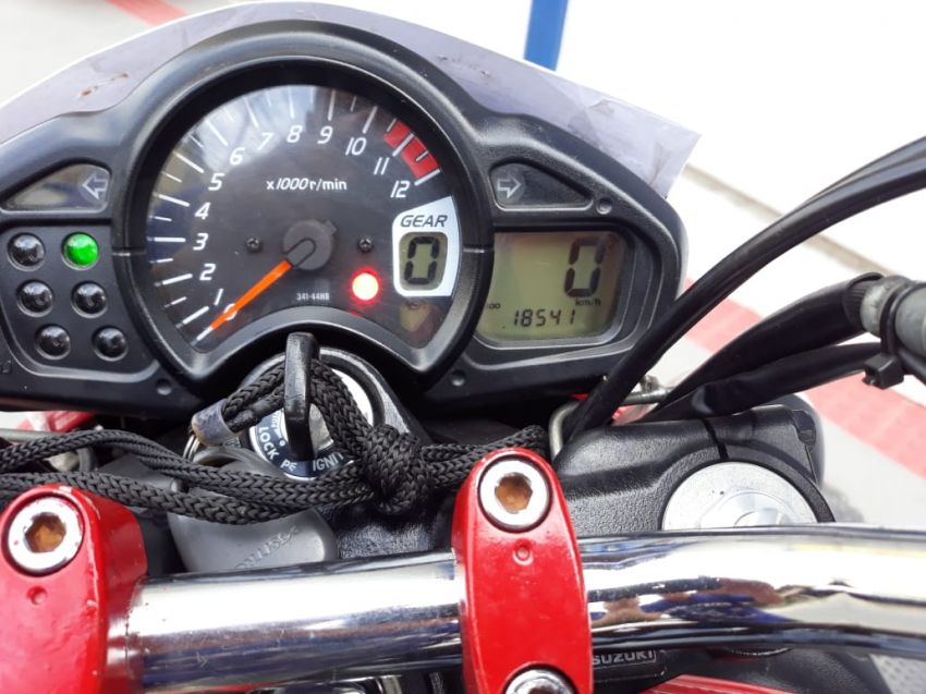 Suzuki Gladius 650 - Foto #3