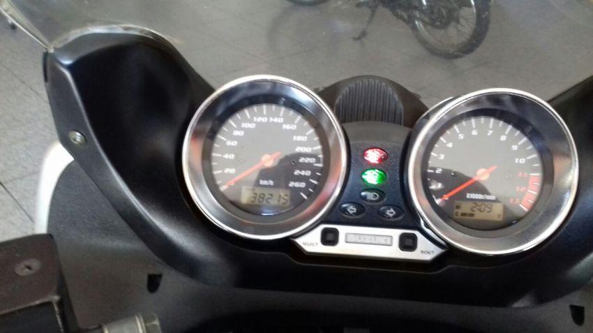Suzuki Bandit 1200 S - Foto #3