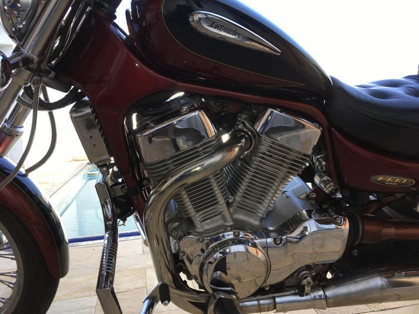 Suzuki Intruder VS 1400 GLP - Foto #4