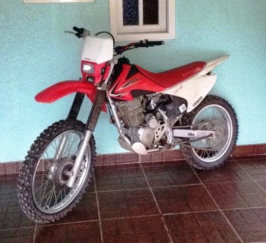 Honda CRF 230F - Foto #3