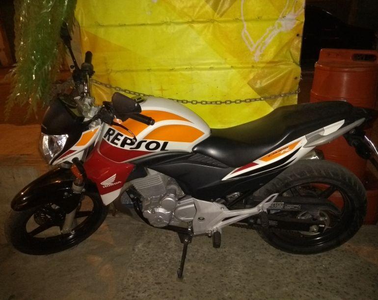 Honda CB 300R Repsol