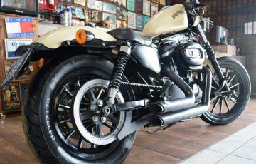 Harley-Davidson Sportster 883 Iron - Foto #4