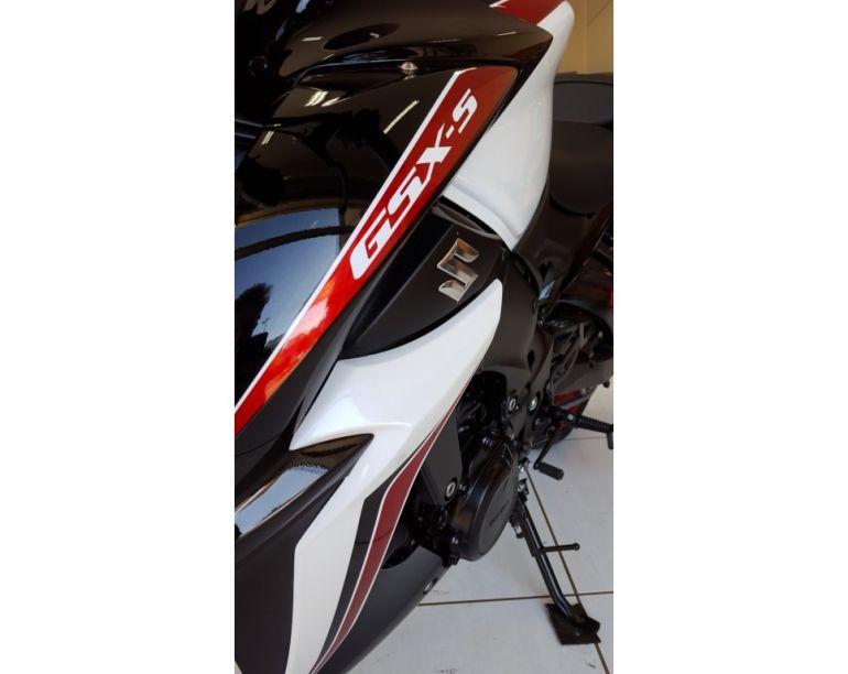 Suzuki Gsx S 1000A - Foto #5