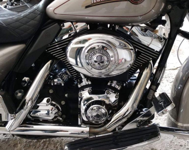 Harley-Davidson Electra Glide Ultra Fuel Injection - Foto #5