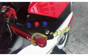 Yamaha YZF R3 (STD) - Foto #9