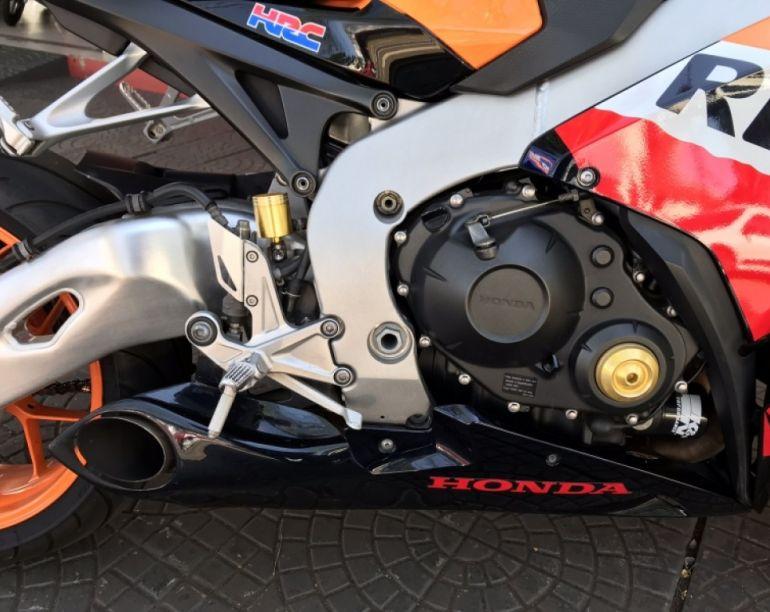 Honda Cbr 1000 RR Fireblade (Repsol) - Foto #5