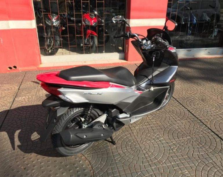 Honda Pcx 150 Sport - Foto #3