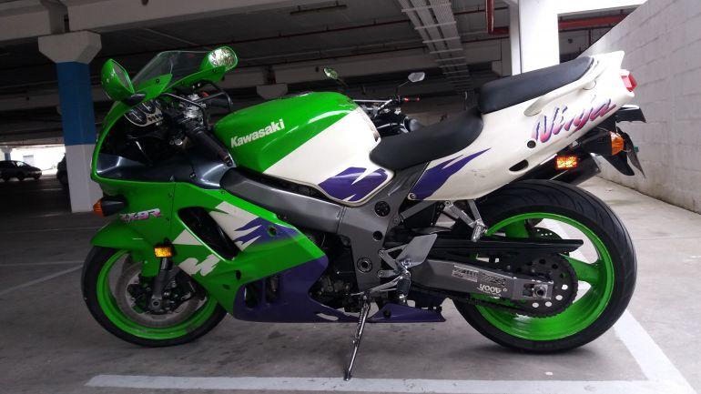 Kawasaki Ninja ZX 9R 900cc - Foto #5