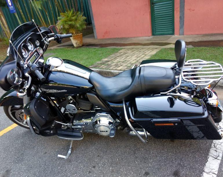 Harley-Davidson Street Glide - Foto #1