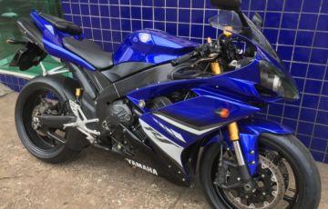 Yamaha YZF R1 - Foto #1