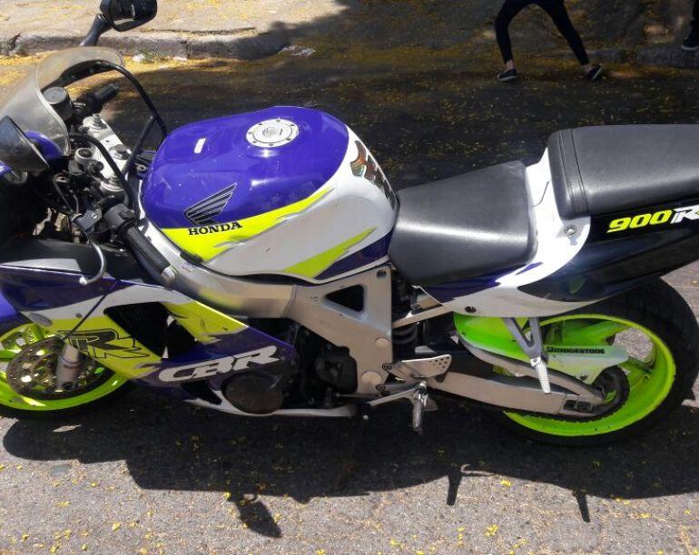 Honda Cbr 900 RR - Foto #1