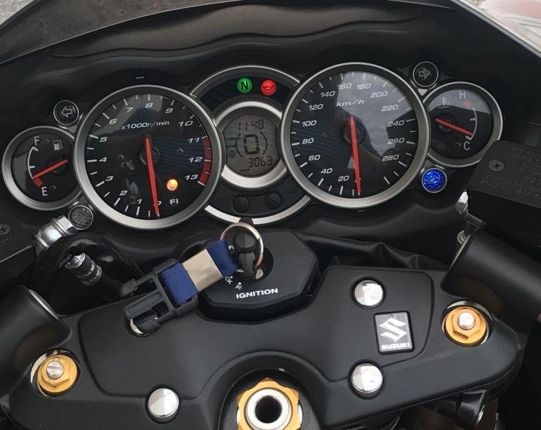Suzuki Gsx RAZ 1300 (Hayabusa) - Foto #7