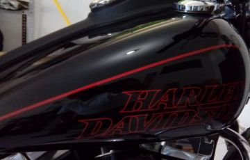 Harley-Davidson Dyna Low Rider - Foto #2