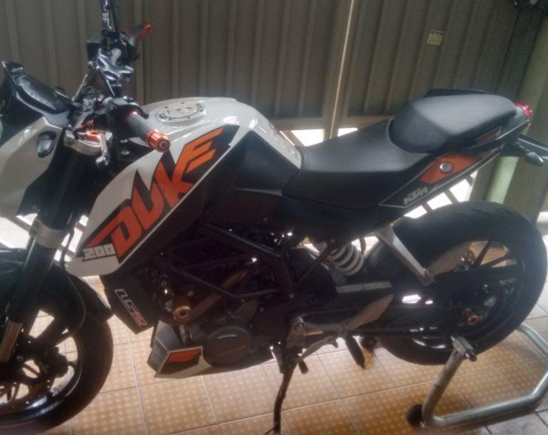 KTM Duke 200 - Foto #1