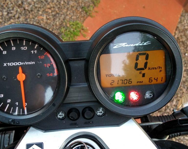 Suzuki Bandit N 650 - Foto #3