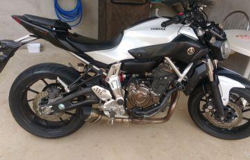 Yamaha MT 07 (STD) - Foto #3