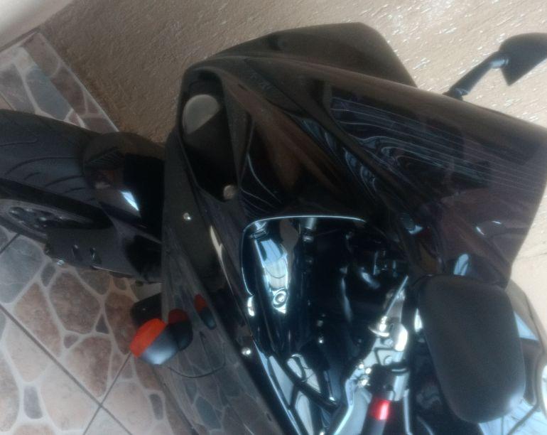 Yamaha YZF R1 - Foto #6