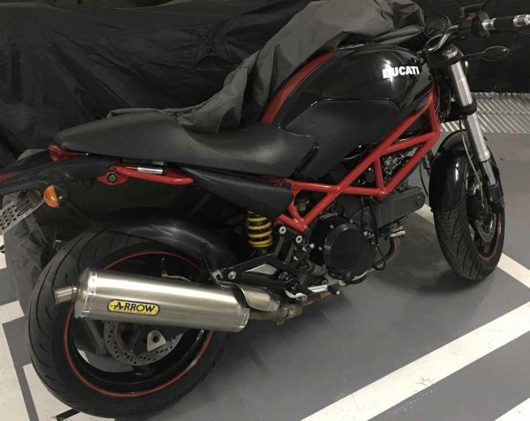 Ducati Monster 695 - Foto #1