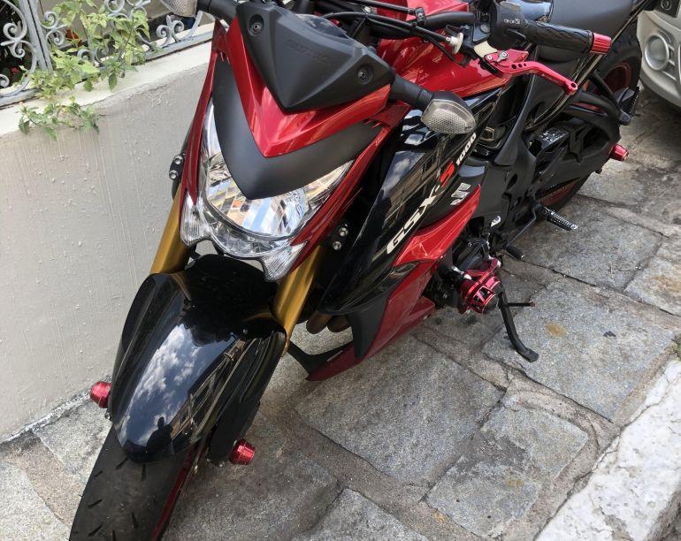 Suzuki Gsx S 1000A - Foto #4