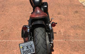 Harley-Davidson Sportster 883 Custom Xl - Foto #2