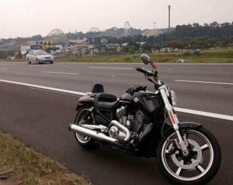 Harley-Davidson V Rod Muscle - Foto #2