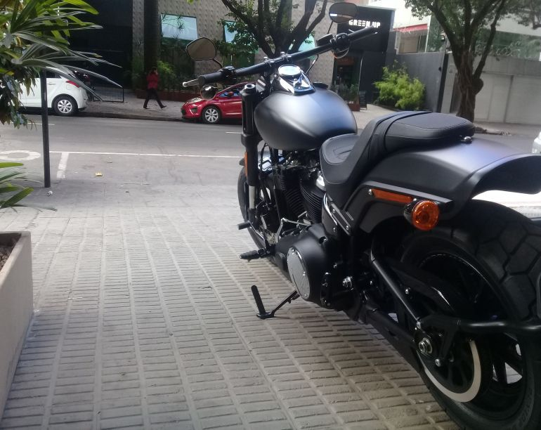 Harley-Davidson Softail Fat bob - Foto #4