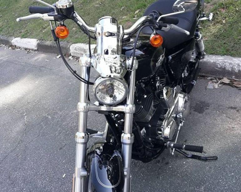 Harley-Davidson Sportster 1200 Custom CB - Foto #5