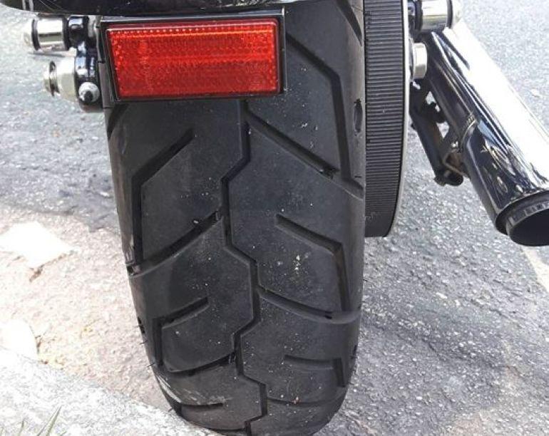 Harley-Davidson Sportster 1200 Custom CB - Foto #8