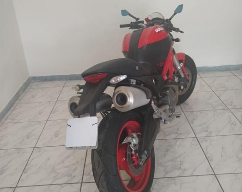 Ducati Monster 696 - Foto #3