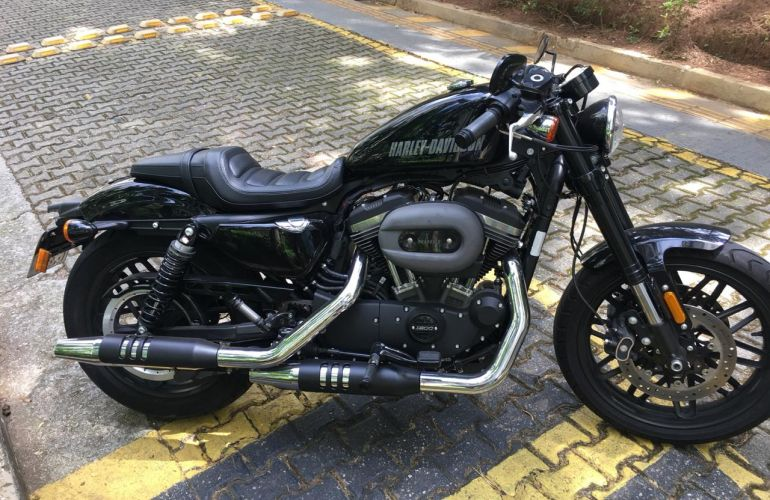 Harley-Davidson Sportster 1200 Roadster - Foto #4