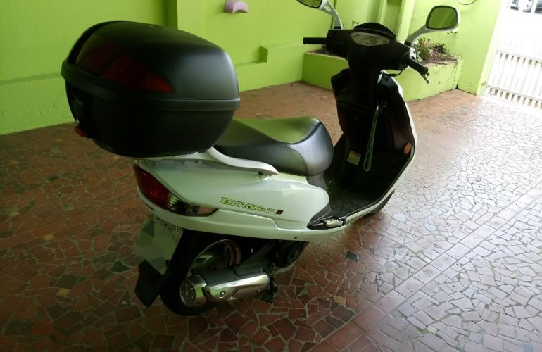 Suzuki Burgman 125i - Foto #6