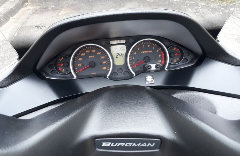 Suzuki Burgman 400 - Foto #1