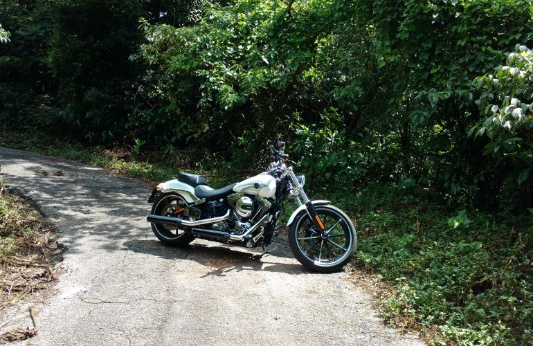 Harley-Davidson Softail Breakout - Foto #4