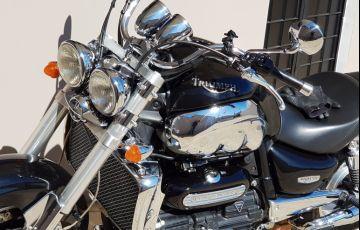 Triumph Rocket III Classic 2300 - Foto #8