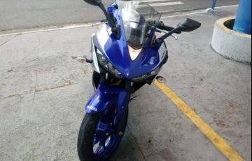 Yamaha YZF R3 (STD) - Foto #4