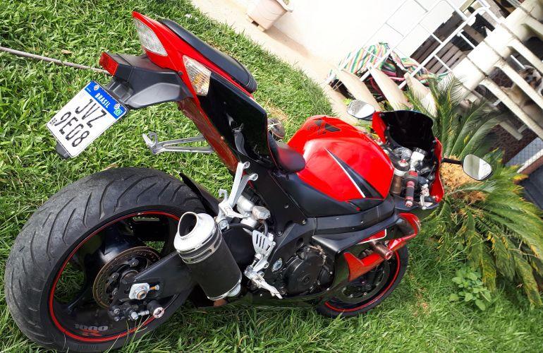 Suzuki Gsx R 1000 - Foto #1