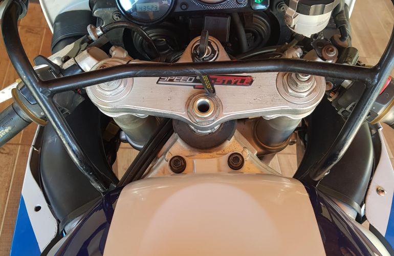 Suzuki Gsx R 750 - Foto #2