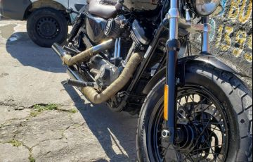 Harley-Davidson XL 1200 CB - Foto #2