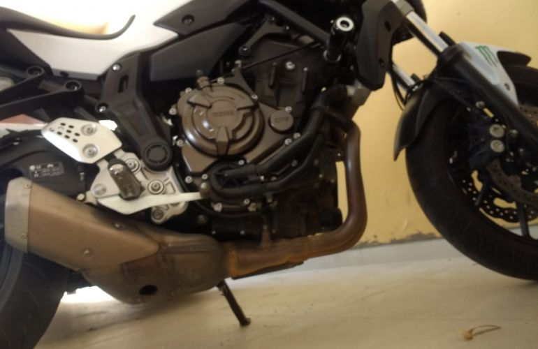 Yamaha MT 07 (ABS) - Foto #2
