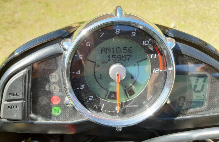 Suzuki Gsx 1300 B King - Foto #5