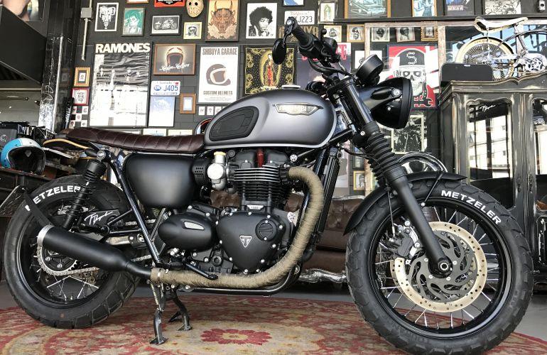 Triumph Bonneville T120 Black - Foto #1