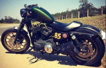Harley-Davidson Sportster 883 Roadster - Foto #2