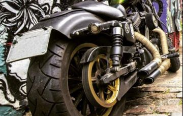 Harley-Davidson Sportster 883 Roadster - Foto #5