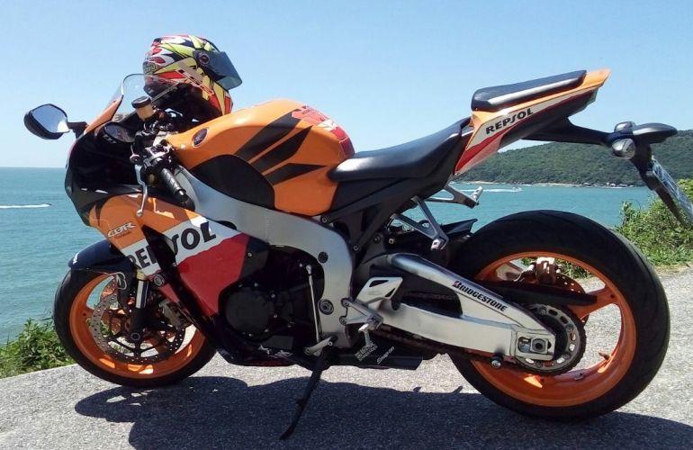 Honda Cbr 1000 RR Fireblade (Repsol) - Foto #1