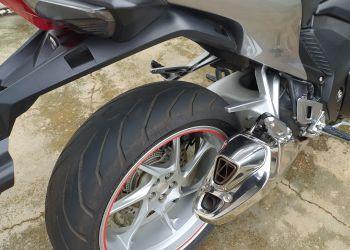 Honda VFR 1200F - Foto #2