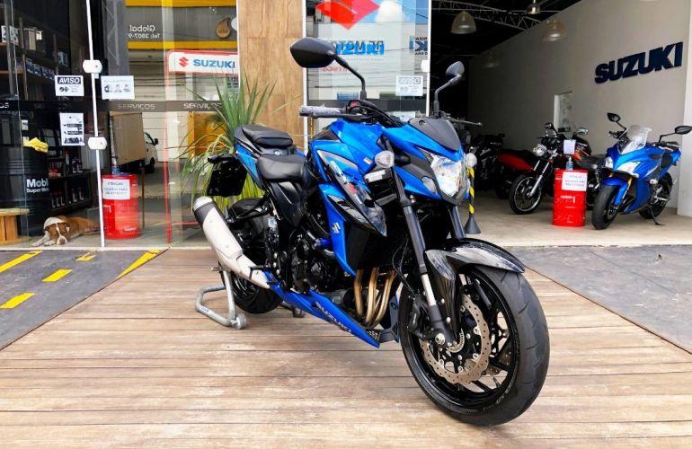 Suzuki Gsx S 750a - Foto #4
