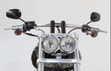 Harley-Davidson Dyna Fat Bob - Foto #10