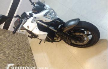 Yamaha XJ6 N 600