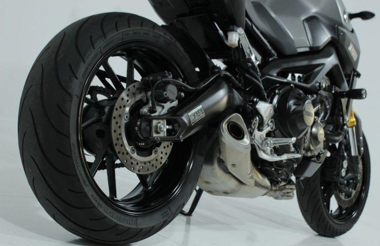 Yamaha MT 09 - Foto #6